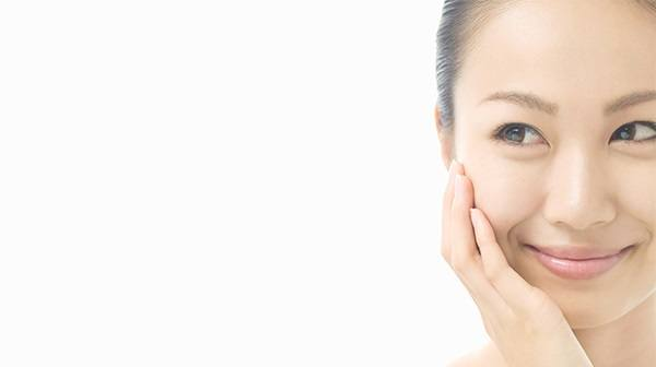 Get Your Glow On: How to Treat and Prevent Dull Skin